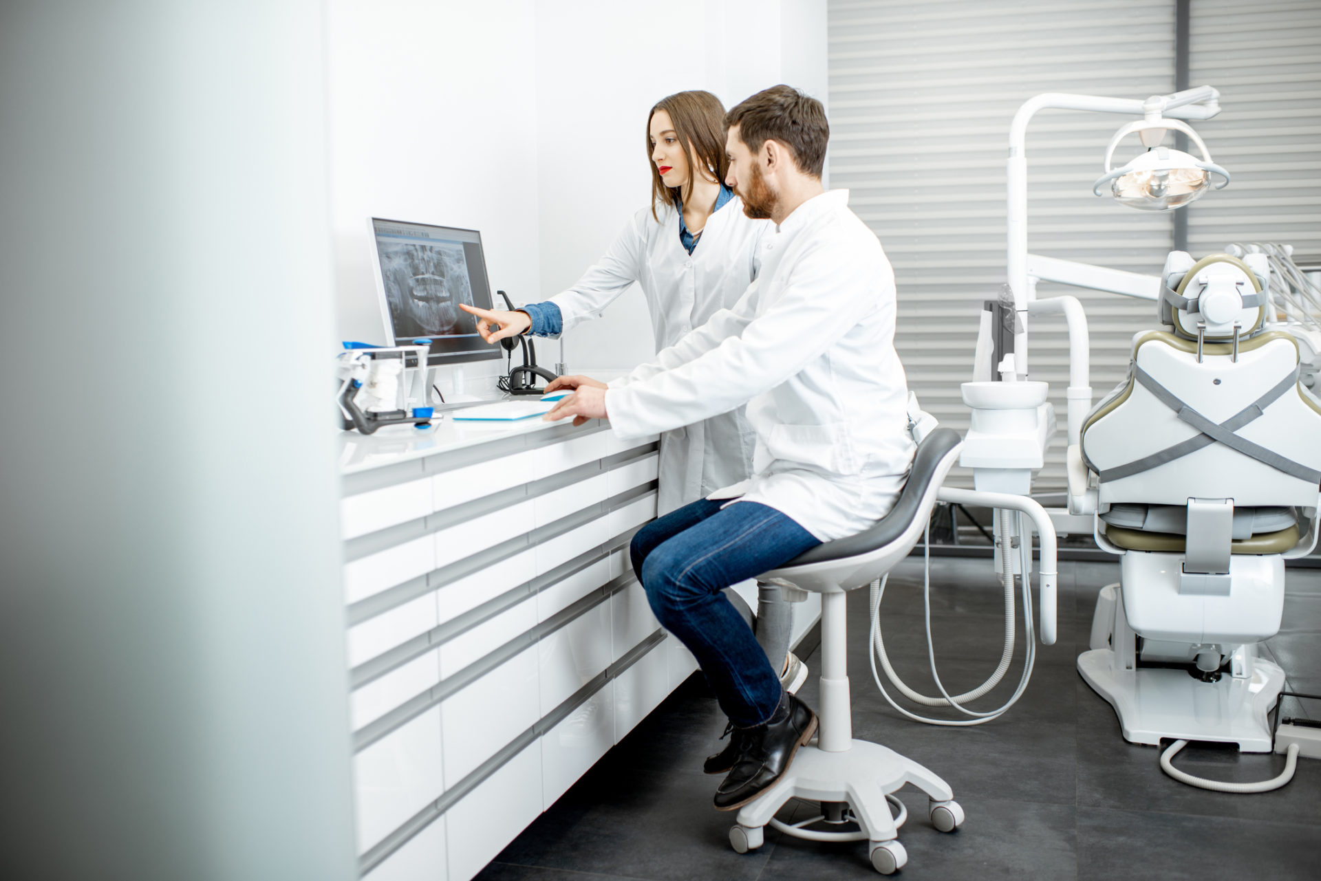 Dental Practice Working With Dental IT Services Company In The Metro Washington DC Area